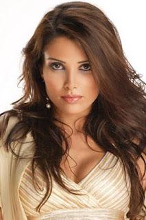 صوفيا المريخ (Sofia Marikh)، مغنية مغربية معتزلة