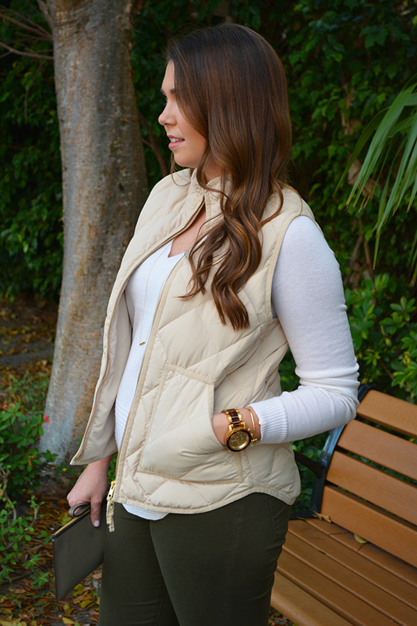J.Crew, excursion vest, bella luxx, winter whites, neutrals, casual, fall outfit, J Brand jeans, jeggings