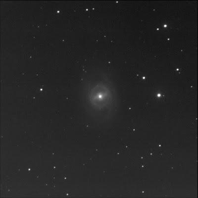 galaxy Messier 95 in luminance