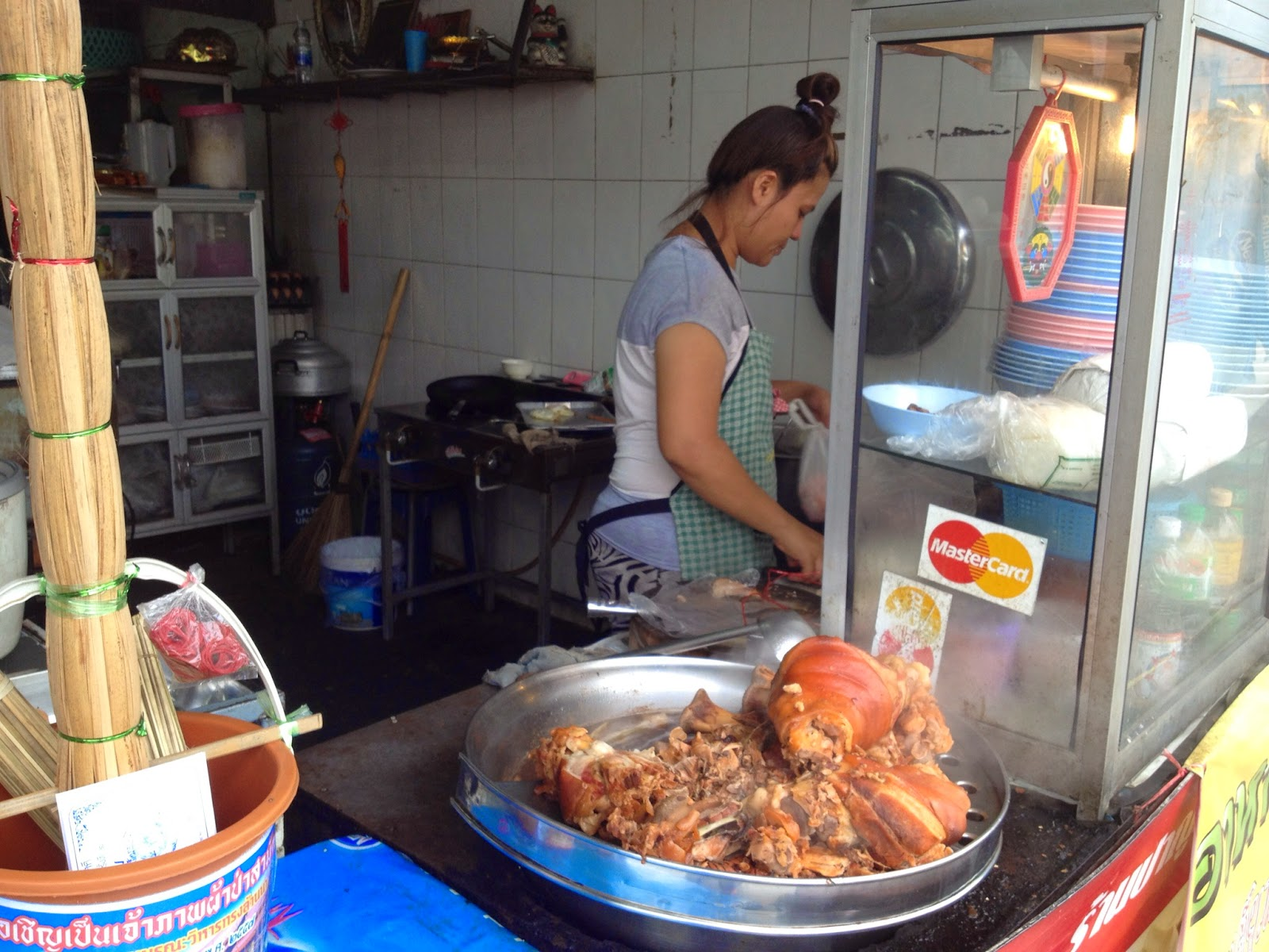 Chiang Mai - Lunch near the Arcade bus station