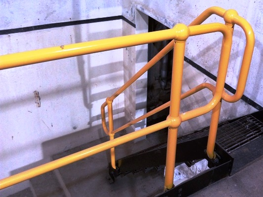Random Stuff: Handrail with Tube and Pipe