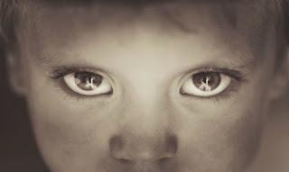 Μάθε στο παιδί σου να χάνει. Μη ζητάς να το κάνεις τέλειο.