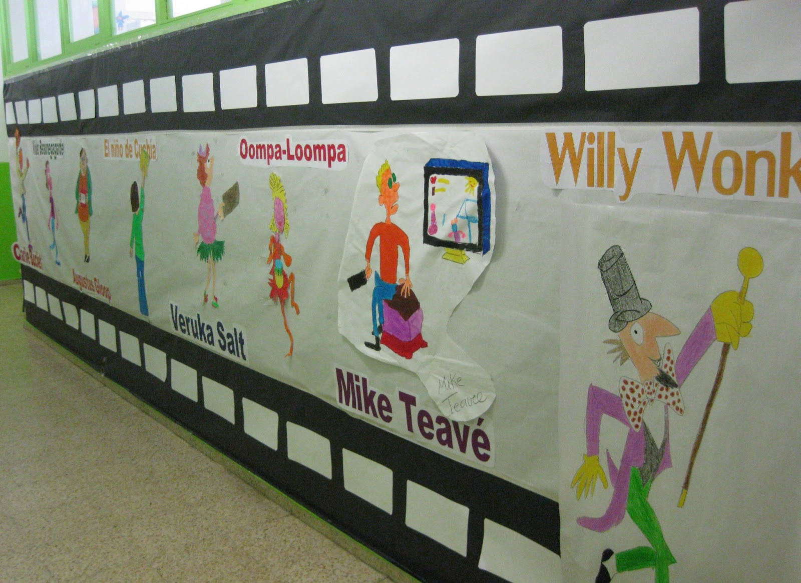 El rinc n de primero jornada de biblioteca for Puerta willy wonka