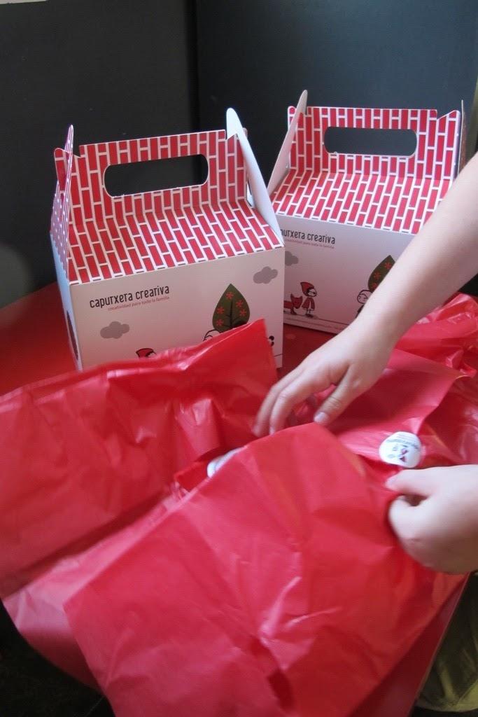 Las cajitas de Caputxeta Creativa: un regalo didáctico para niños y papás