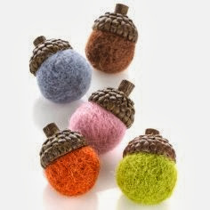 Felted Colorful Fall Acorns - 8 Great Fall Felt Crafts! www.twenty8divine.com