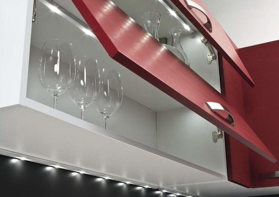 La iluminaci n integrada en la cocina cocinas con estilo for Halogenos para cocina