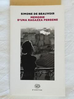 memorie d'una ragazza per bene simone de beauvoir recensione felice con un libro