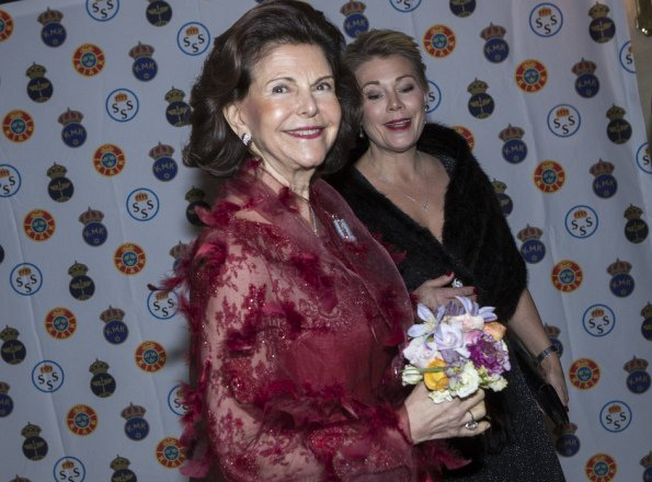 King Carl Gustaf and Queen Silvia attended the Royal Clubs' party at the Grand Hotel. Royal Swedish Yacht Club