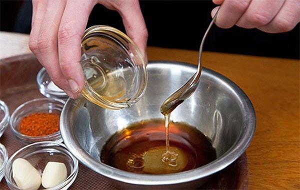Học cách ướp sườn nướng cho bữa cơm thêm ngon hơn