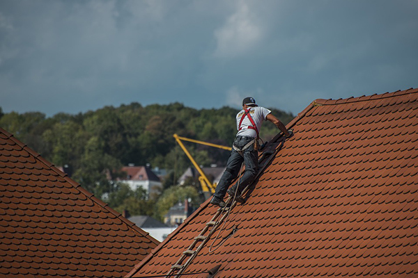 Ready to Repair Your Own Roof? 3 Risks That May Make You Reconsider