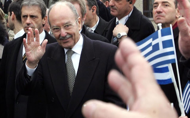 Θεσπρωτία: Ο αείμνηστος Κωστής Στεφανόπουλος είχε αποθεώσει τους αγώνες των Σουλιωτών, το 2000 από το Σούλι..