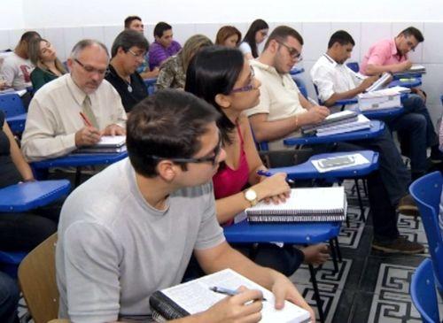 CONCURSOS PREVISTOS PARA 2017 DEVEM OFERECER  MAIS DE 19 MIL VAGAS EM ESTADOS E PREFEITURAS - VEJA