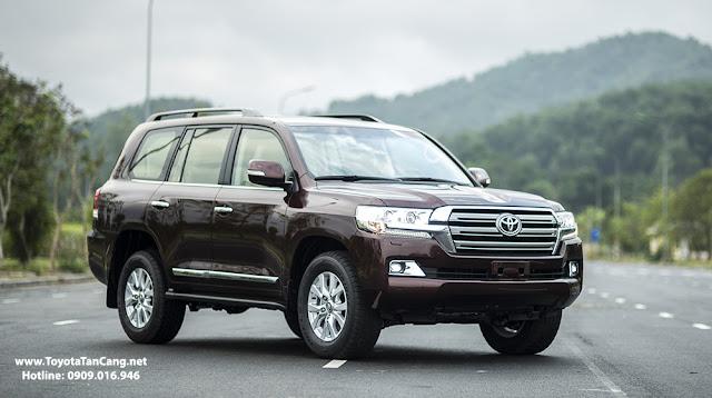 Toyota Land Cruise 2016 phiên bản nhập khẩu chính hãng từ Nhật bản