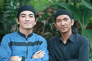 Fachri Muhammad Pakai Kupluk