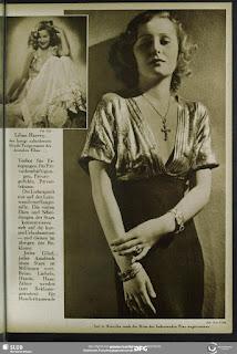 Magazine Uhu 1920s