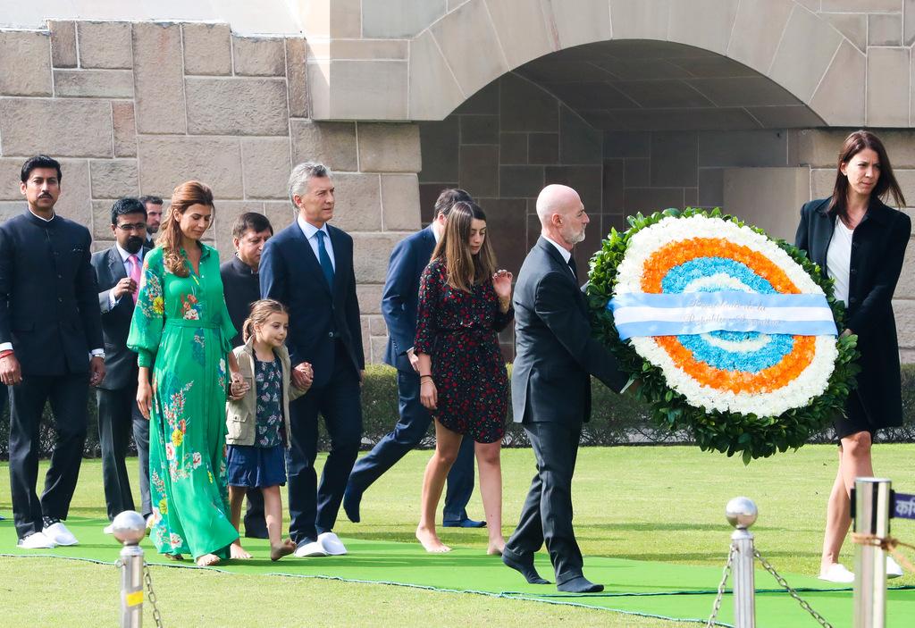 El presidente Mauricio Macri rindió homenaje al Mahatma Gandhi en India