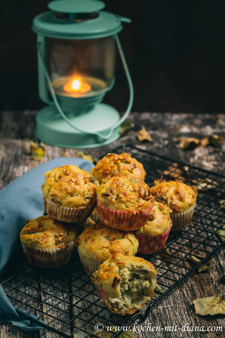 Blauschimmelkäse-Birnen-Muffins