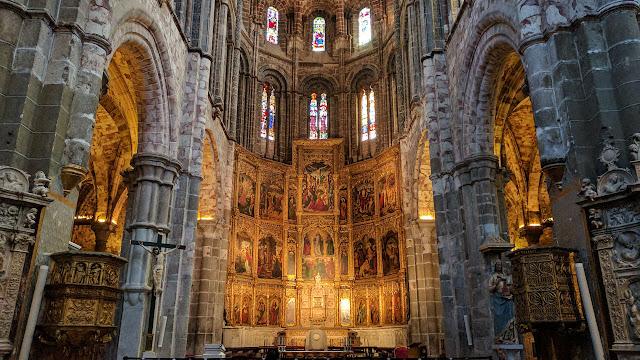 Altar Catedral del Salvador