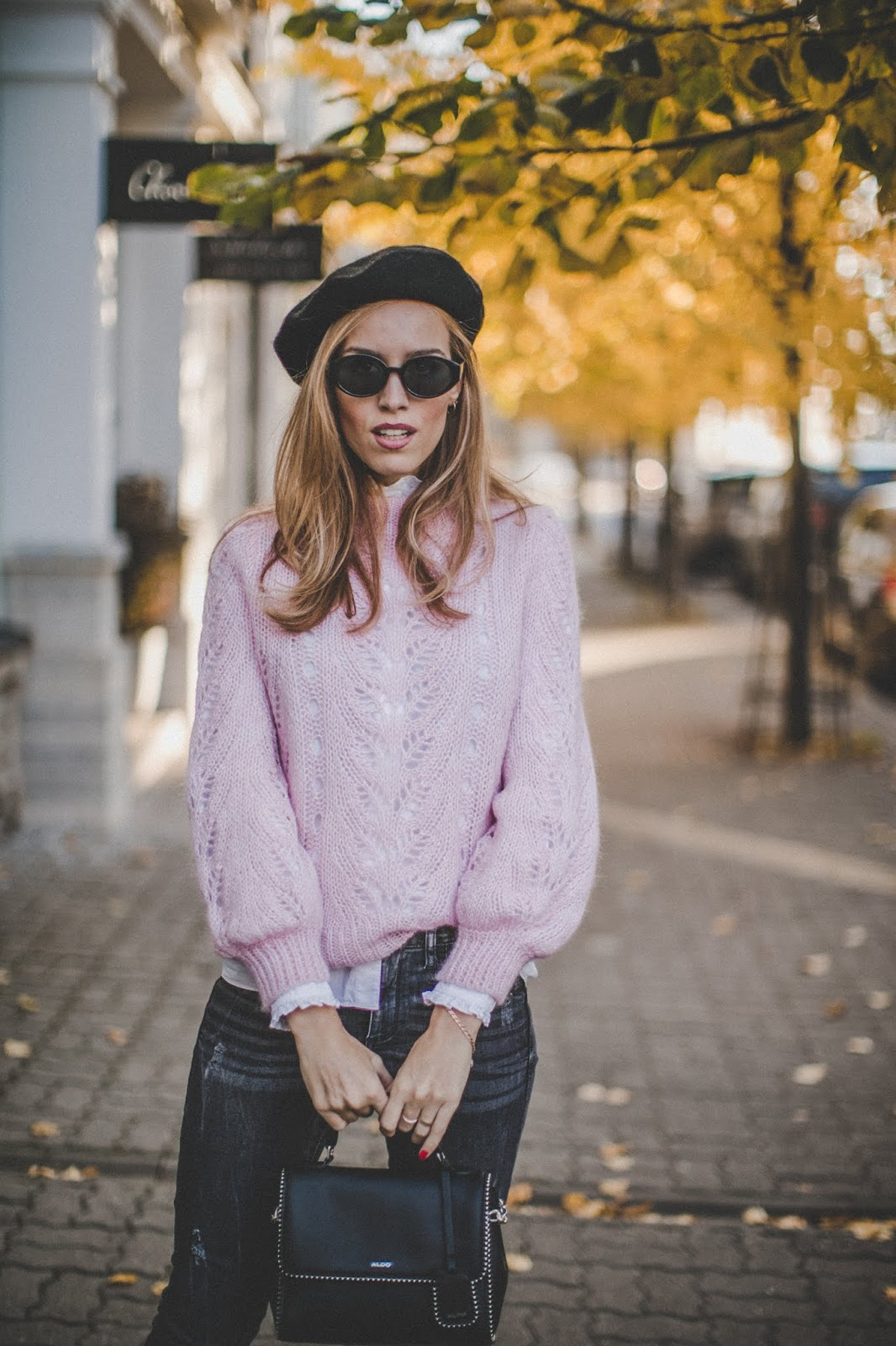 fall street style outfit beret hat knit jumper