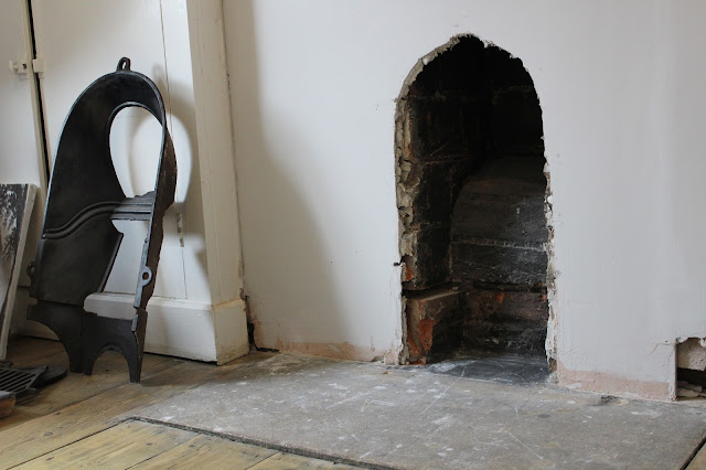 how to fit a victorian fireplace