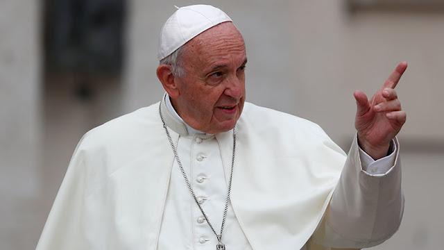 El Papa acepta la renuncia de otros dos obispos chilenos relacionados con el escándalo de pederastia