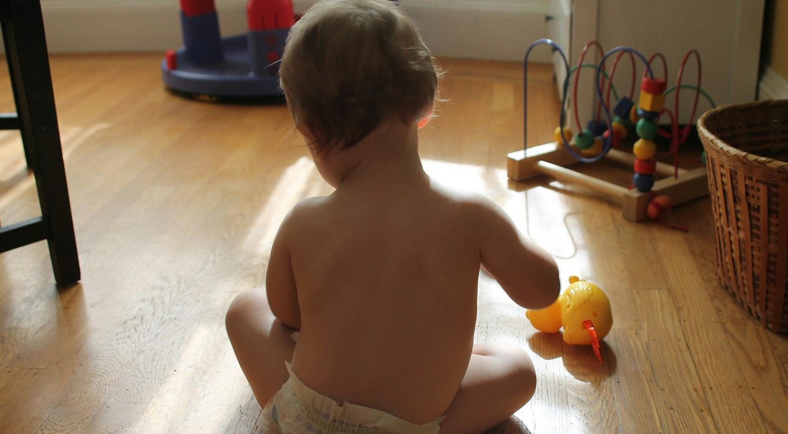 Obowiązki domowe małego człowieka.