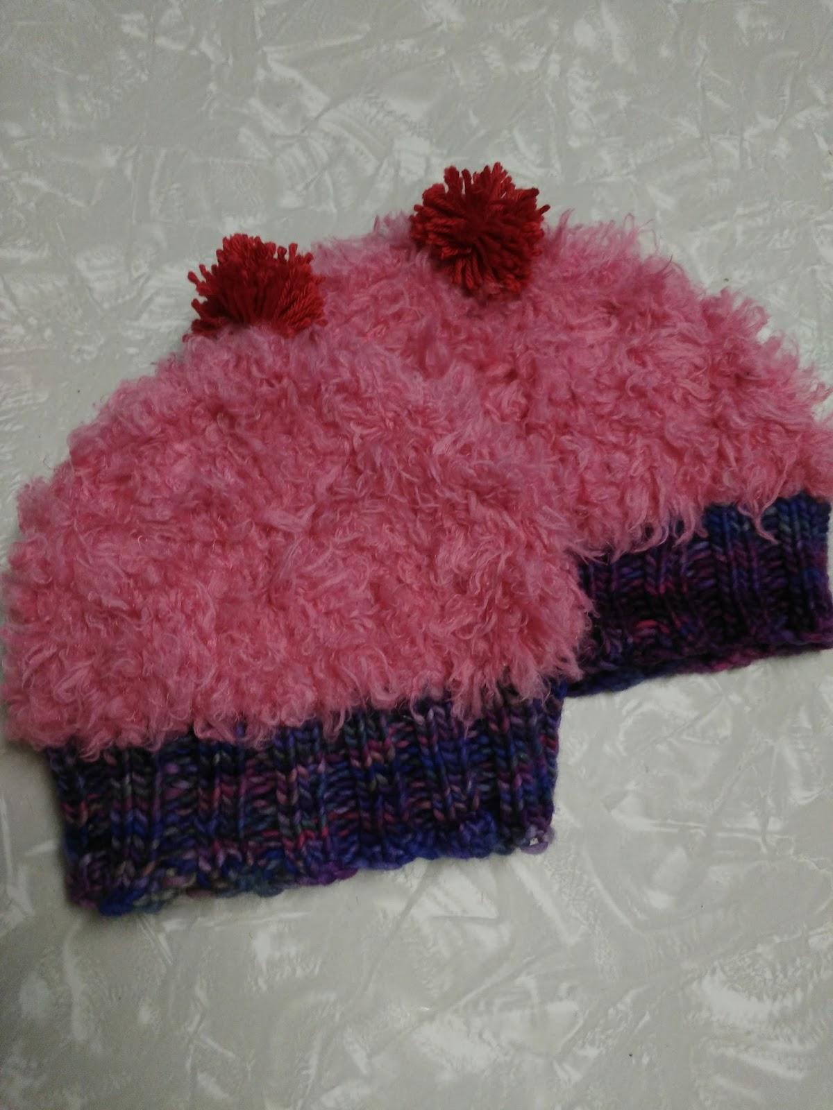 The Knitting Corner: Cupcake Hat: Free Pattern