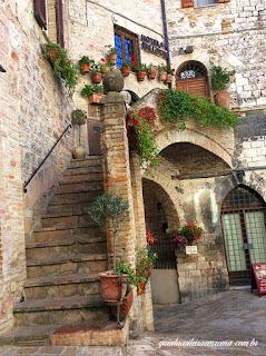 assis cidade medieval ruelas guia brasileira - Assis Medieval