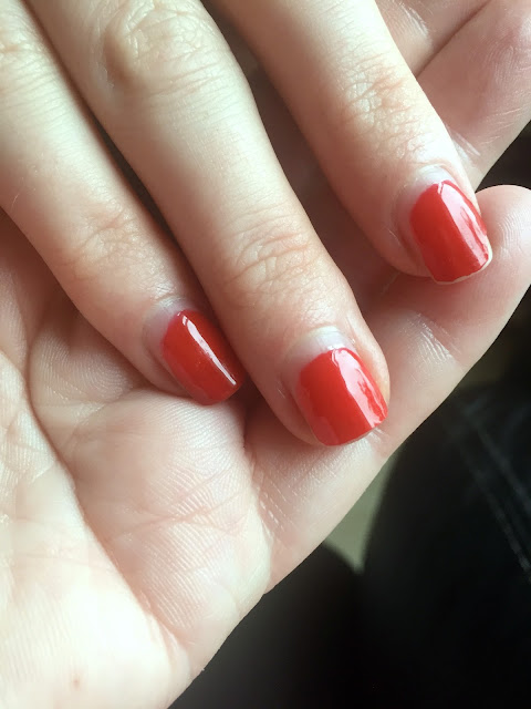 Sensationail Scarlet Red after 2 weeks