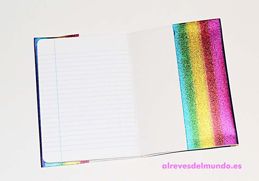 cuaderno goma eva