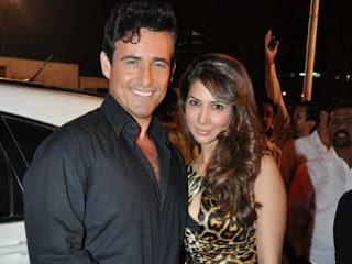 Kim Sharma dan Ali Punjani