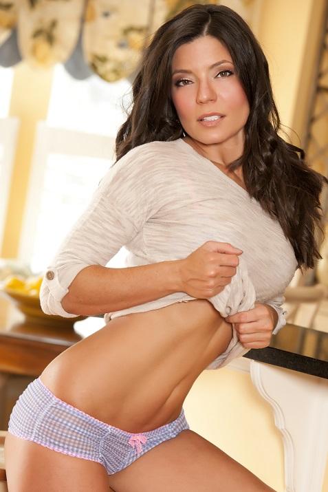 Foto Hot Model Sarah Clayton 1