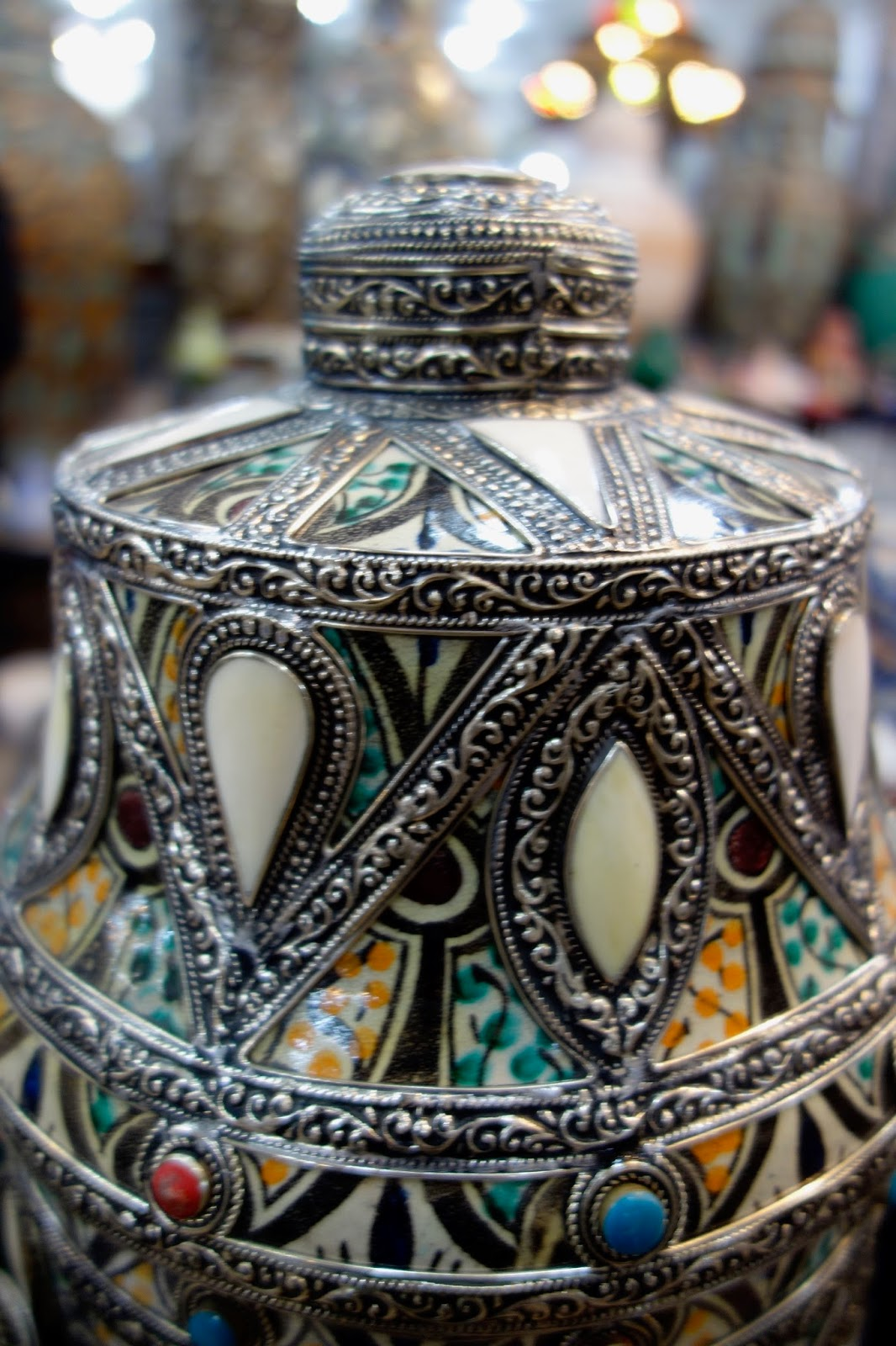 TRAVELS TO FEZ - Filigree, pottery,textiles