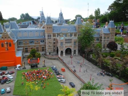 Atrações com miniaturas pelo mundo - Madurodam, Haia (Holanda)