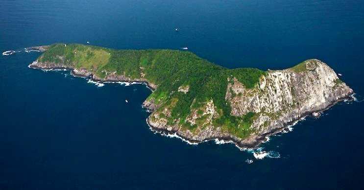 Yılan Adası içi farklı yılan türleriyle dolu bir ada parçasıdır ve ziyaret edilmesi yasaktır.