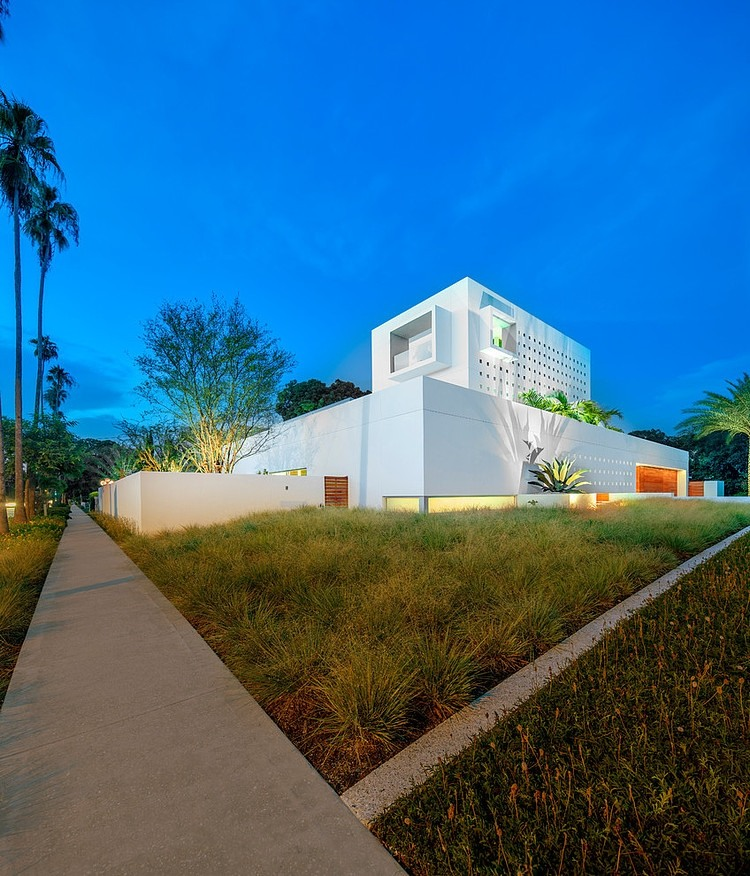Spencer House by Guy Peterson from Office for Architecture, Florida