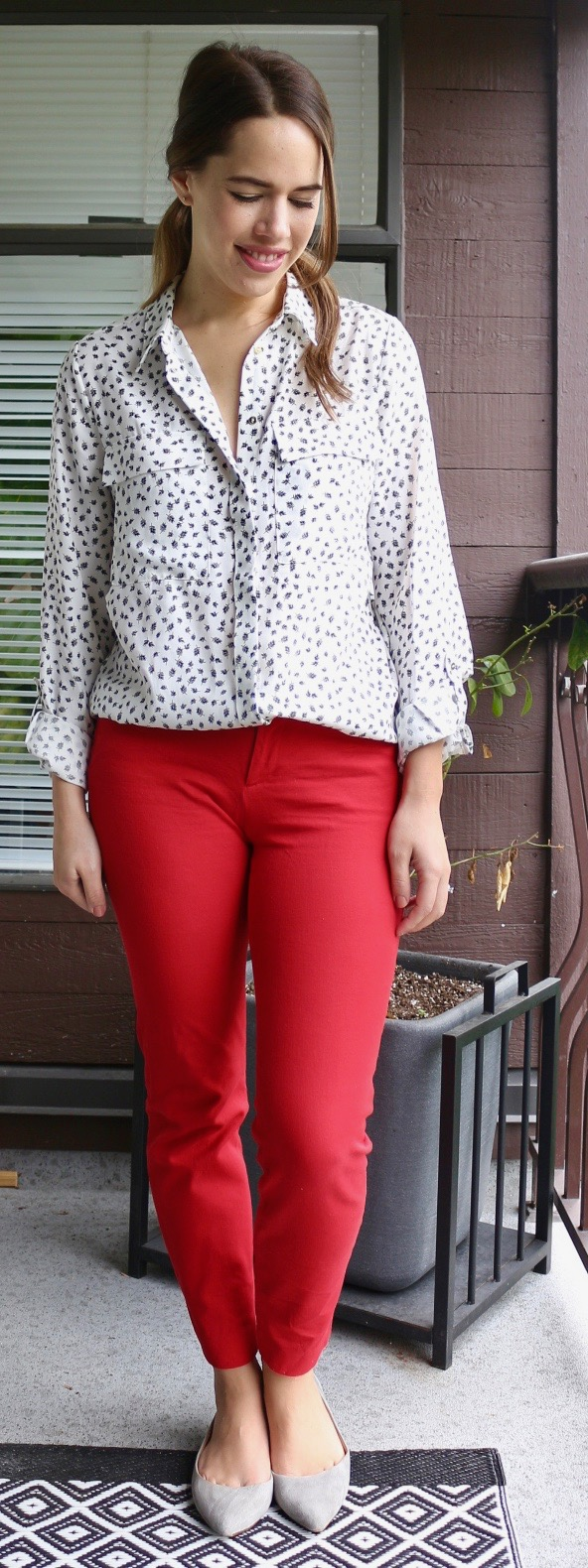 Jules in Flats - Dynamite Pocket Blouse, Red Old Navy Pixie Pants