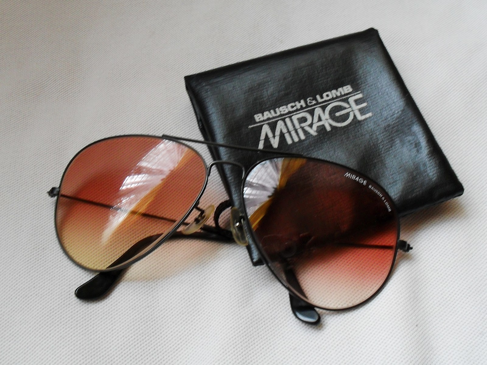 SOLD OUT ~ VINTAGE MIRAGE BY BAUSCH   LOMB AVIATOR SUNGLASSES ~ VERY RARE  AND HARD TO FIND 639bed2c9d