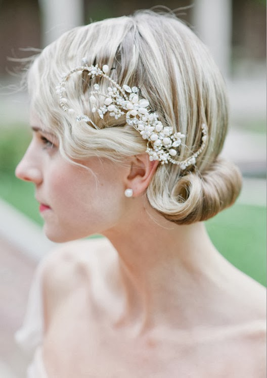 wedding hairstyle for vantage style for wedding reception