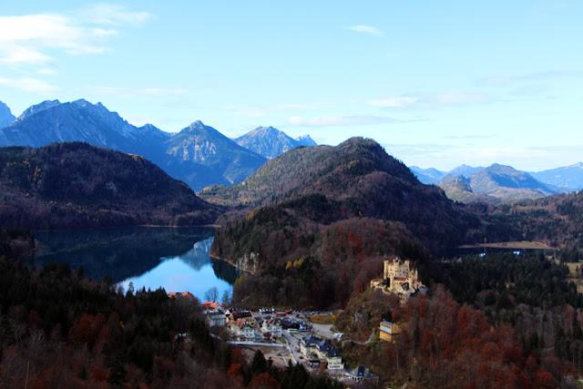 Blick vom Schloss Neuschwanstein