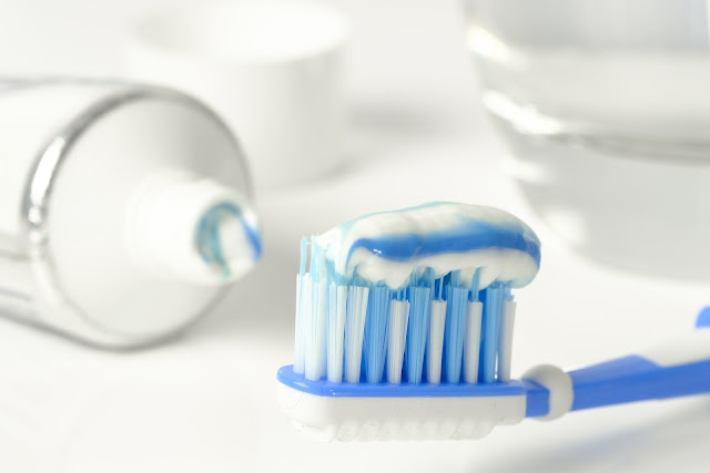 12 Easy Ways To Maintain Dental And Oral Hygiene - Noteablelists