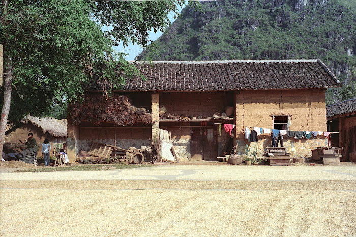 Yangshuo, maison paysanne, © L. Gigout, 1990