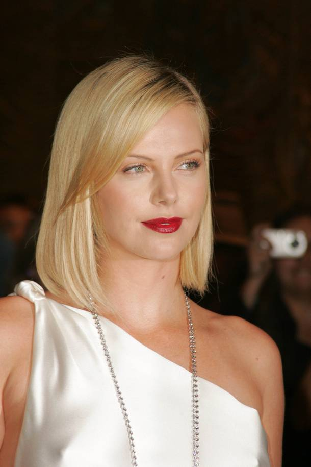 Charlize Theron Hairstyle Trends Charlize Theron