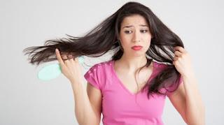 9 Cara Alami Atasi Rambut Rontok Dengan Mudah