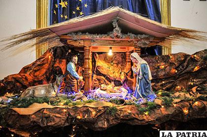 Tradiciones y Costumbres de Bolivia  December 2015 71e00b80ad29