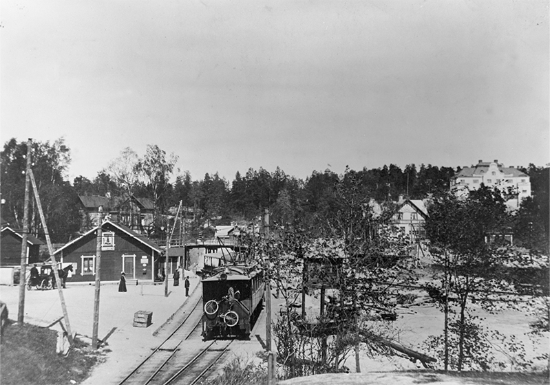 https://digitaltmuseum.se/021018088146/stocksund-gamla-station