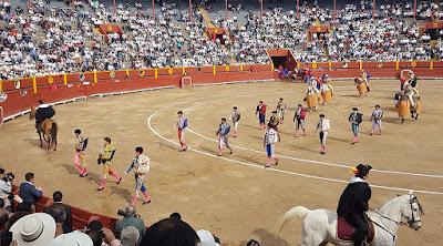 paseillo toreros corrida toros plaza lima peru