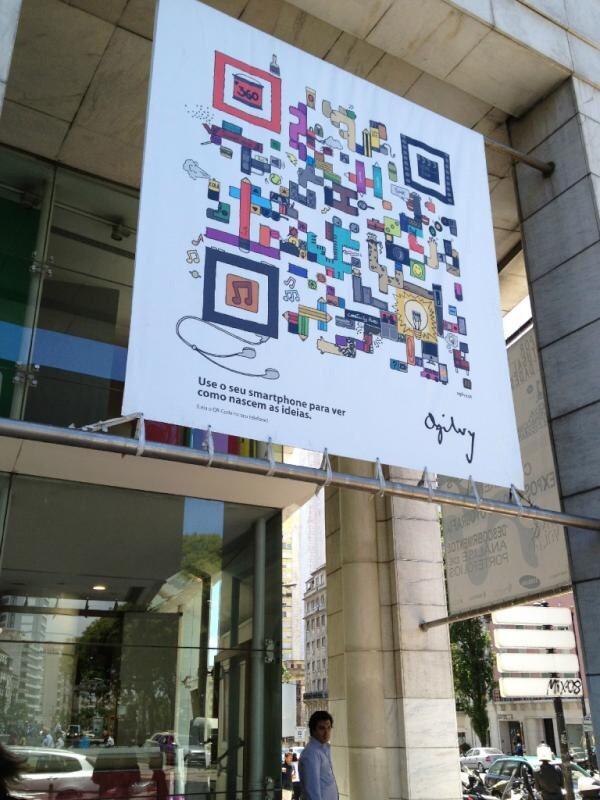 Chiến dịch quảng cáo tại các địa điểm lớn AmyPrint