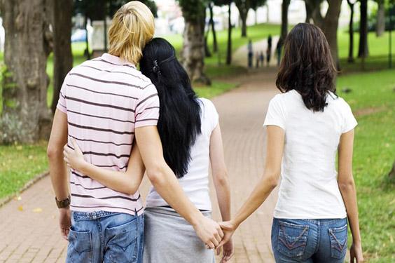 Berbagai Alasan Yang Buat Pria Berselingkuh