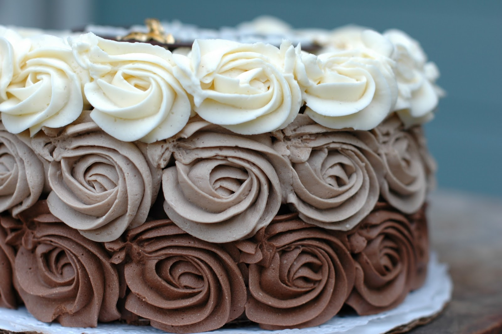 Chocolate Ombre Rose Cake